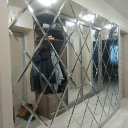Зеркальное панно на всю стену