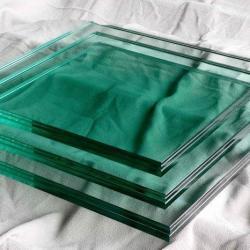 steklo-kak-delayut-zerkalo-e1543422881863