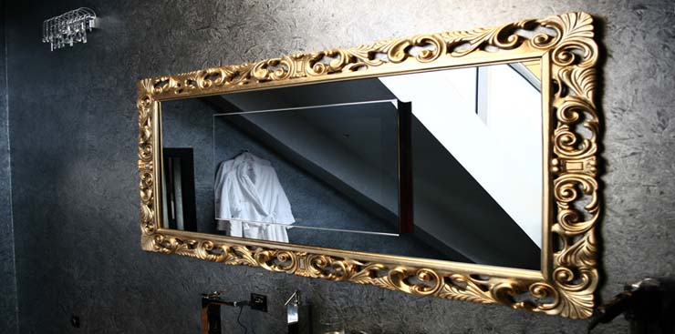 Как выбрать зеркало в багете?